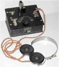 The P2 model crystal radio from USSR