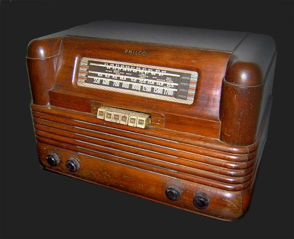 Philco Radio Model 42 350 1942